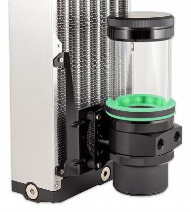 Резервуары Aqua Computer Ultitube D5 изготовлены из стекла