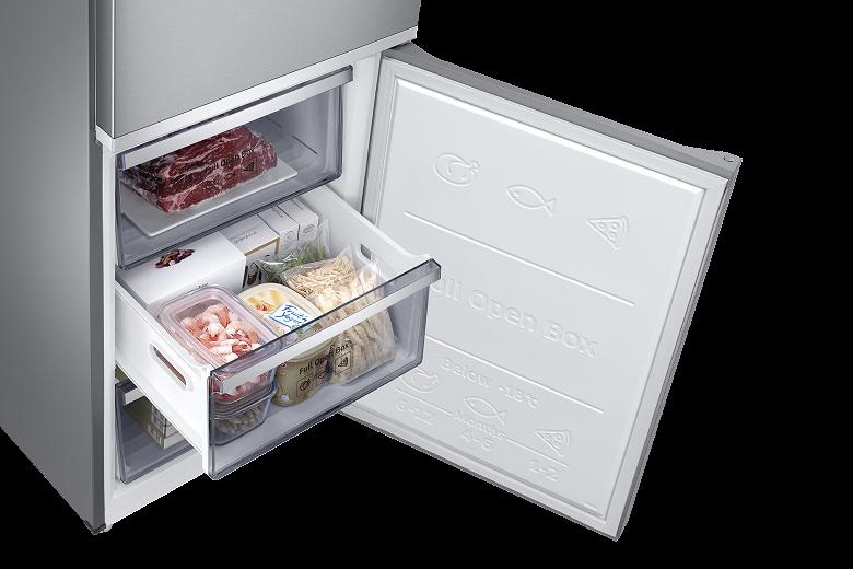 В России вышли новые холодильники Samsung RB7000