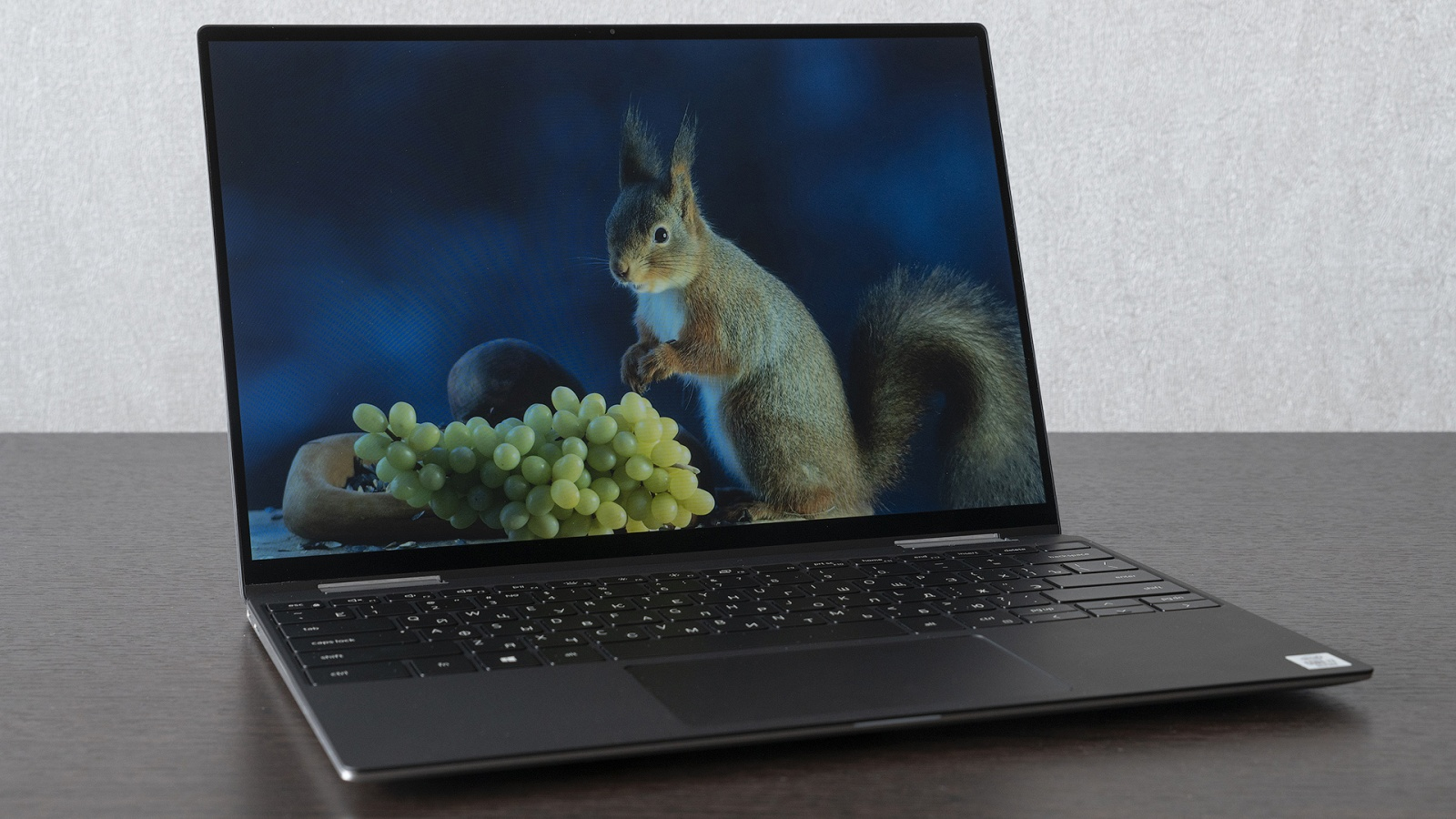 Dell XPS 13 7390 «2 в 1»: лёгкий металлический трансформер с ярким экраном и Intel Ice Lake - 1