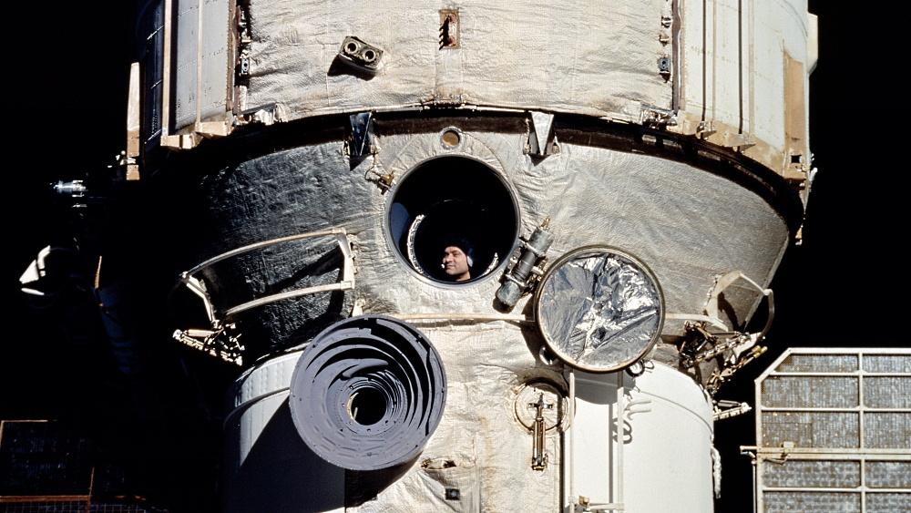 Удалёнка и самоизоляция: космический опыт в помощь землянам - 1