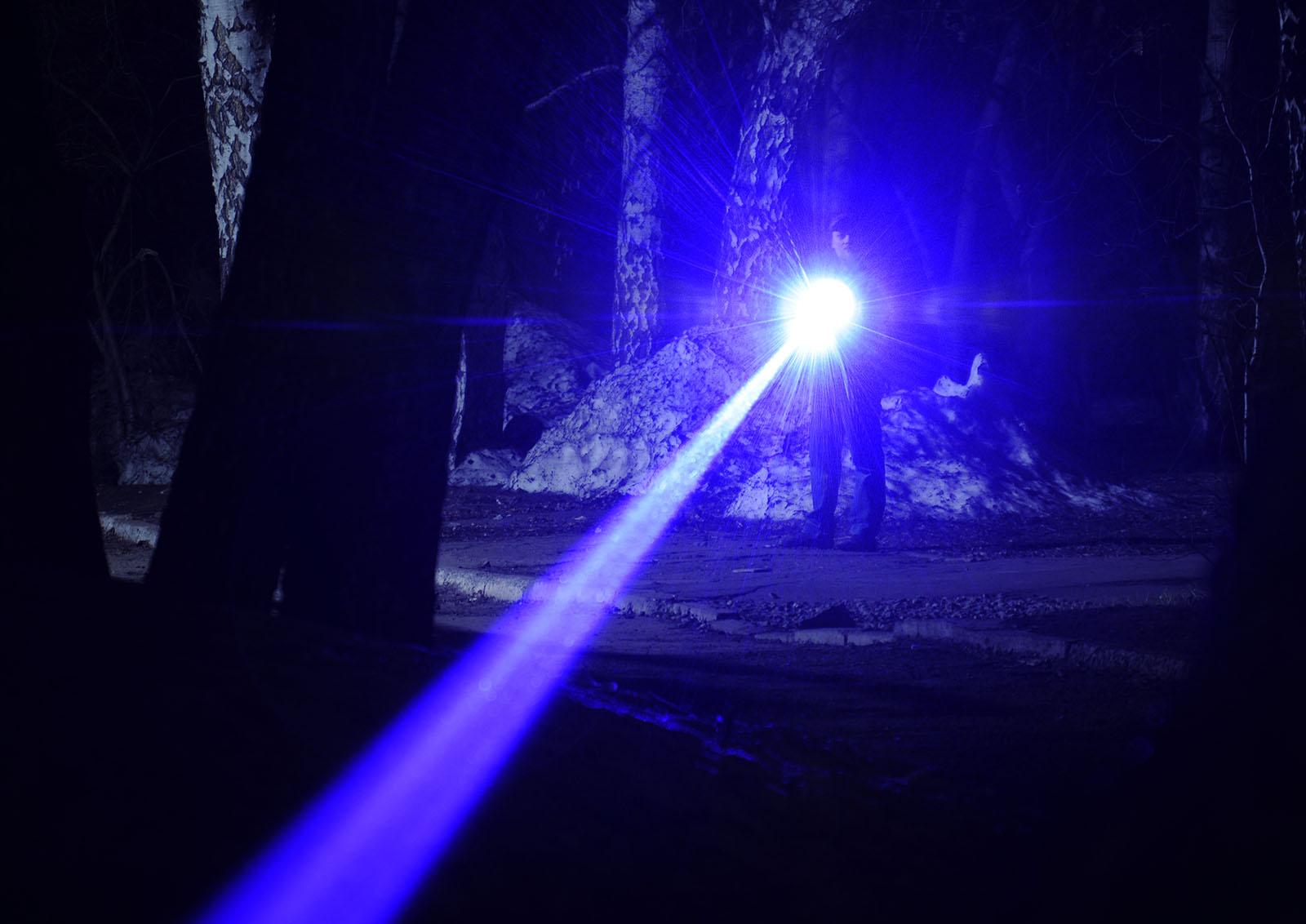 Лазерный «бластер» действующая модель - 23