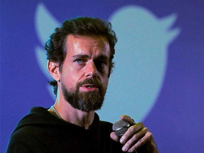 Создатель Twitter выделяет 1 млрд долларов на борьбу с COVID-19