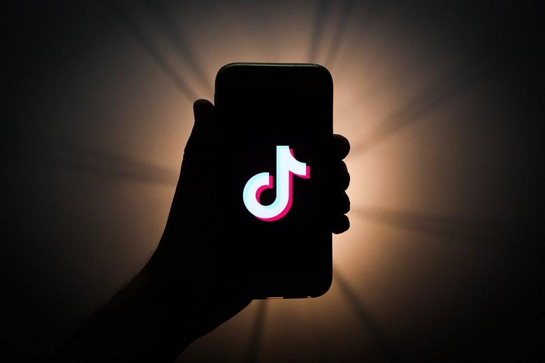 TikTok — это новый Instagram? Приложение преодолело отметку в 1 млрд скачиваний в Google Play Store