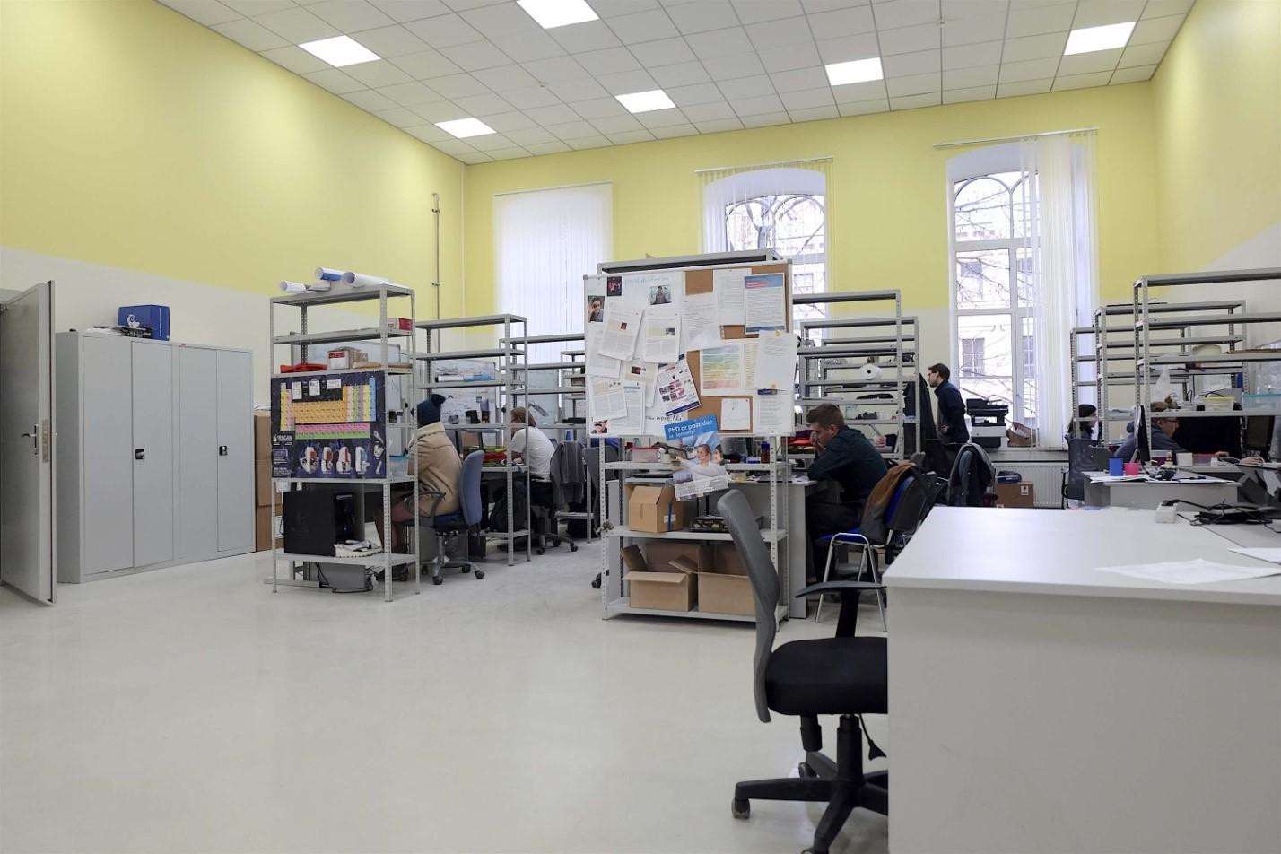 Фотоэкскурсия: что делают в лаборатории гибридной нанофотоники и оптоэлектроники Нового физтеха ИТМО - 22
