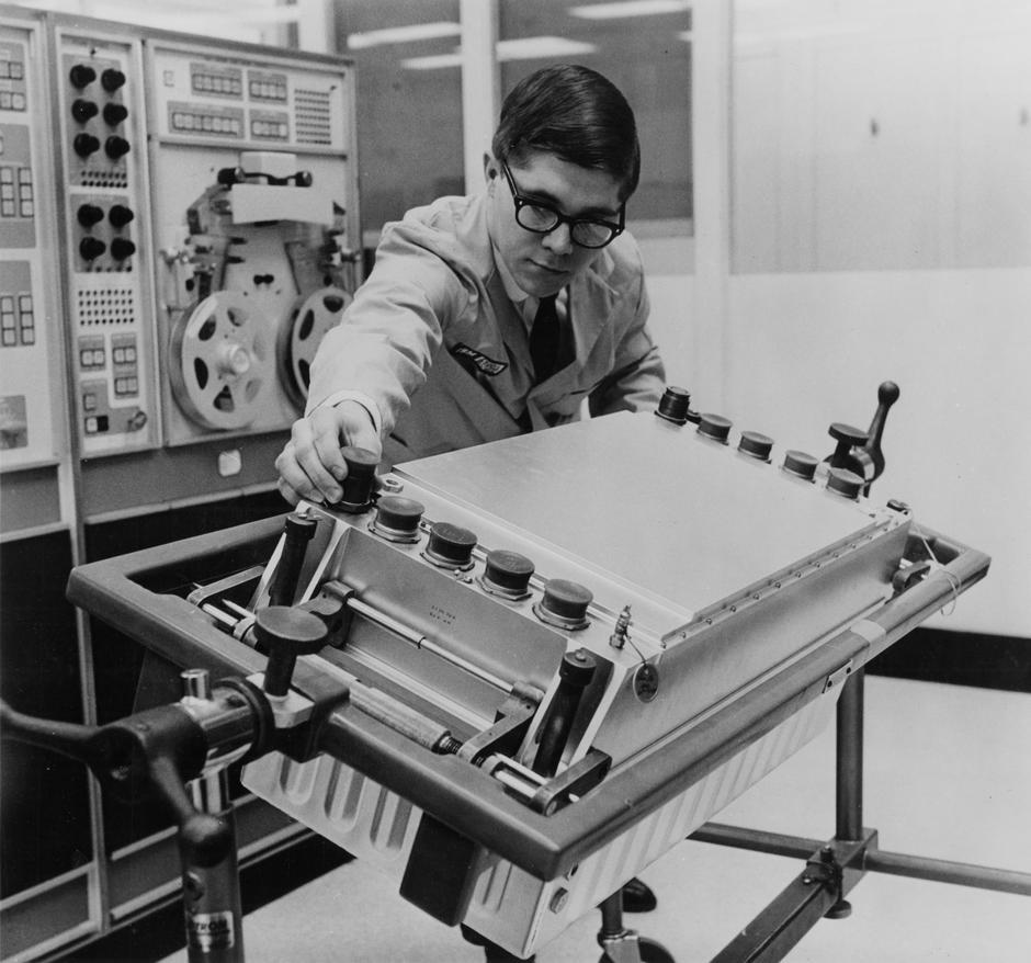 Печатная плата с ракеты Сатурн-5 – обратная разработка с пояснениями - 4