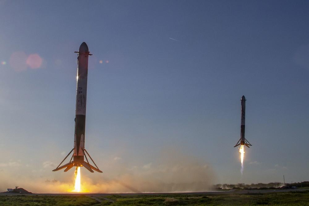 Пусть расцветают сто многоразовых ракет - 1