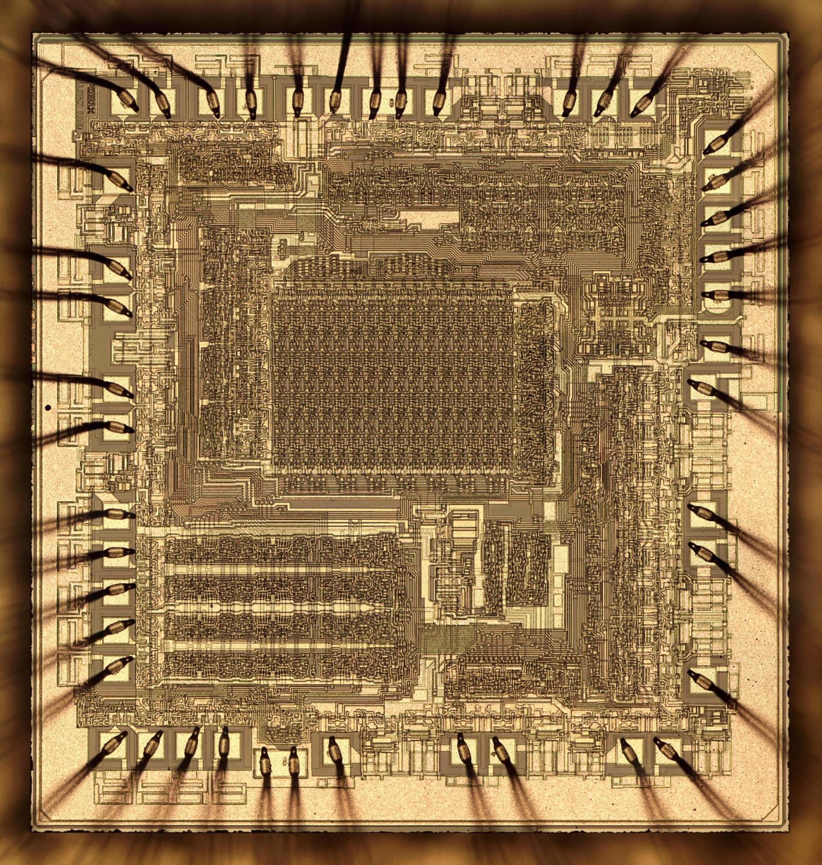 Внутри многокристального секционного микропроцессора Am2901 от AMD 1970-х годов - 1