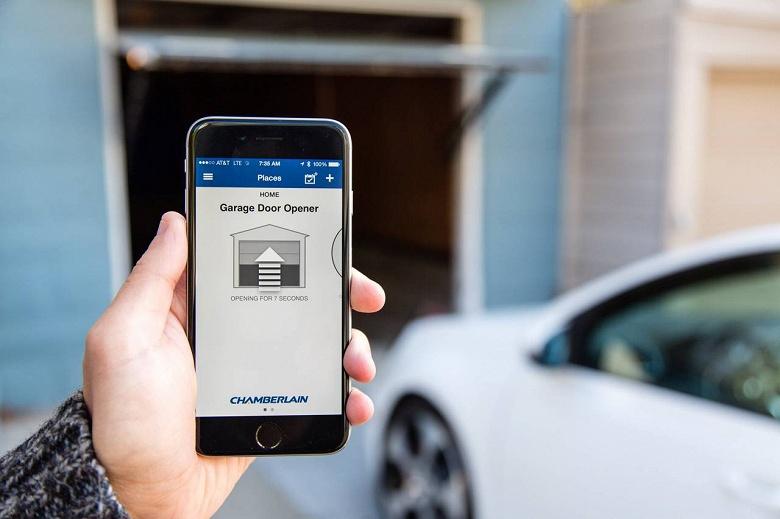 Владельцы умных домов согласны пустить курьера с посылкой в дом или гараж, пока их нет дома