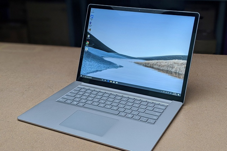 Microsoft будет бесплатно менять треснутые экраны в ноутбуках Surface Laptop 3