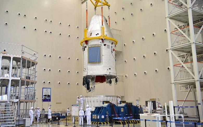 Китайский космический корабль нового поколения успешно приземлился в заданном районе