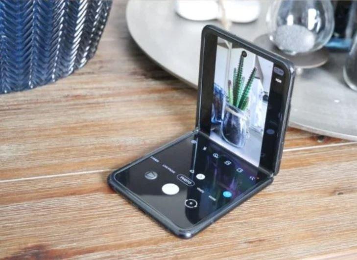 Стало известно, почему Samsung Electronics не удается убедить Samsung Display снизить цену гибких дисплеев