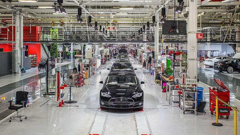 Tesla пришлось приостановить Gigafactory 3