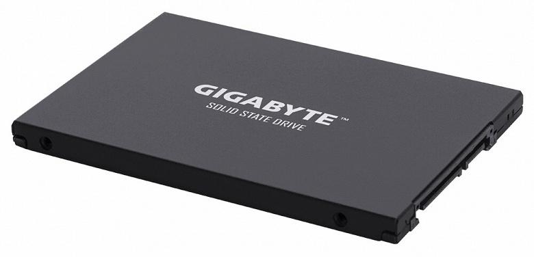 Gigabyte обновляет твердотельные накопители серии UD Pro