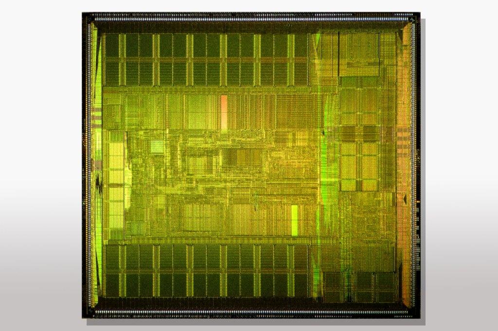 Почему компания «Интел» делает ставку в разработке чипов на гений Джима Келлера? - 2