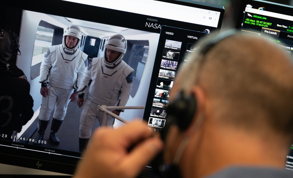 Подготовка к старту SpaceX DM-2 вышла на финишную прямую - 3