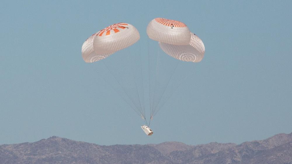 Подготовка к старту SpaceX DM-2 вышла на финишную прямую - 6