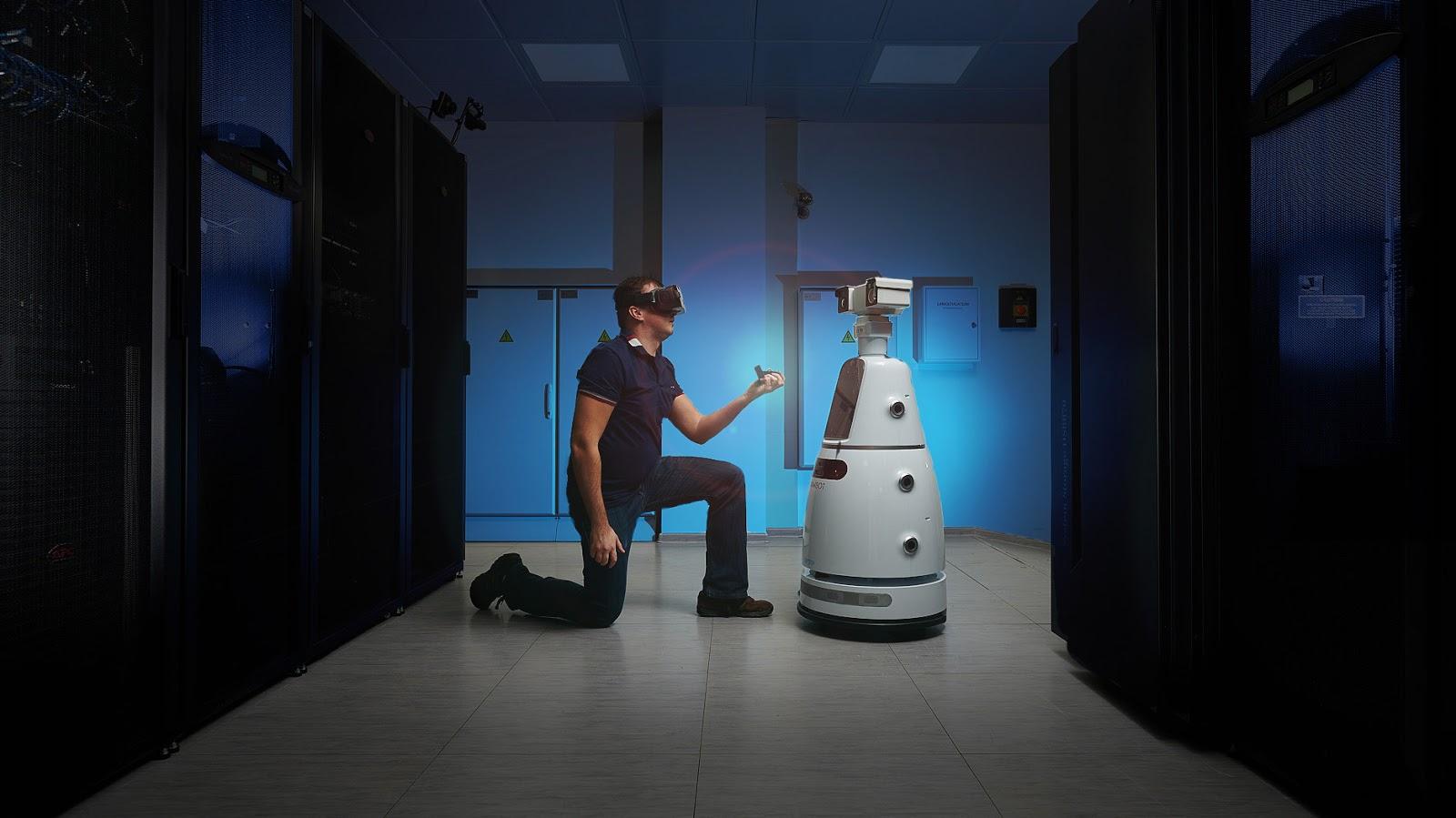 Будущее наступает: китайские роботы приехали в Россию - 1