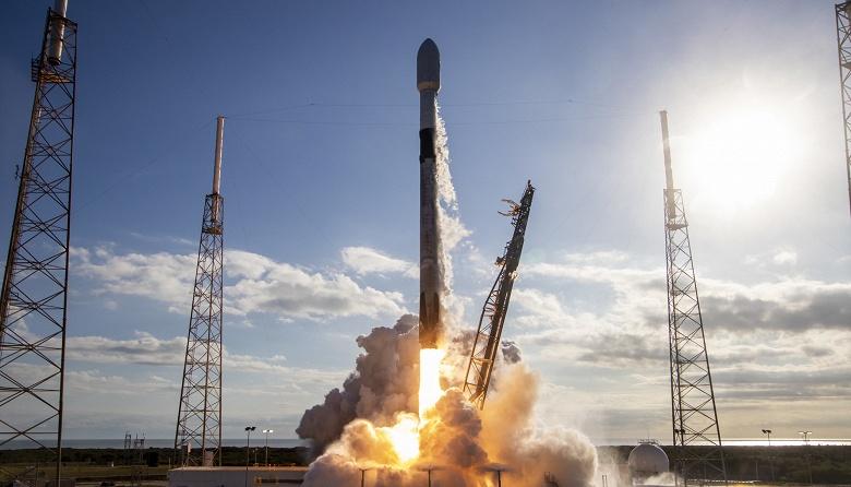Илон Маск и SpaceX оперативно запустили еще одну ракету Falcon 9