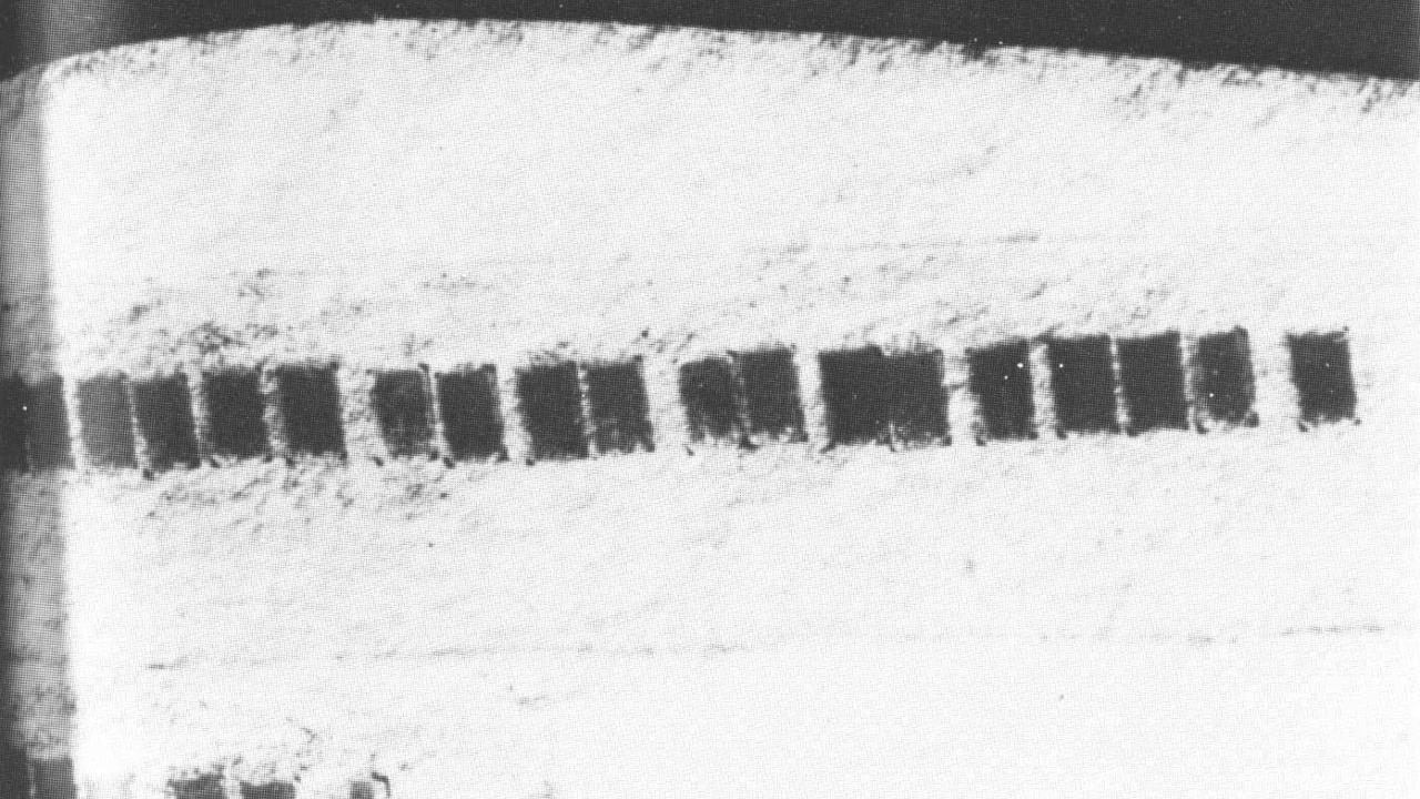 Зачем принтеры ставят невидимые точки на документах - 7