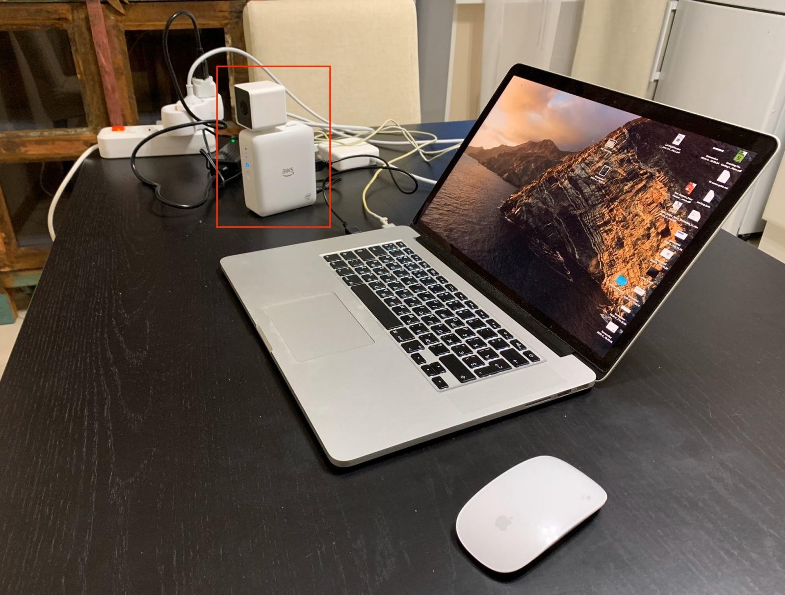 Камера Amazon DeepLens с глубоким обучением. Распаковка, подключение и развертывание проекта - 8