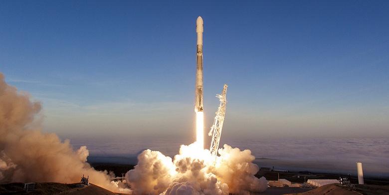Мозг ракеты Falcon 9 — это три обычных процессора и Linux