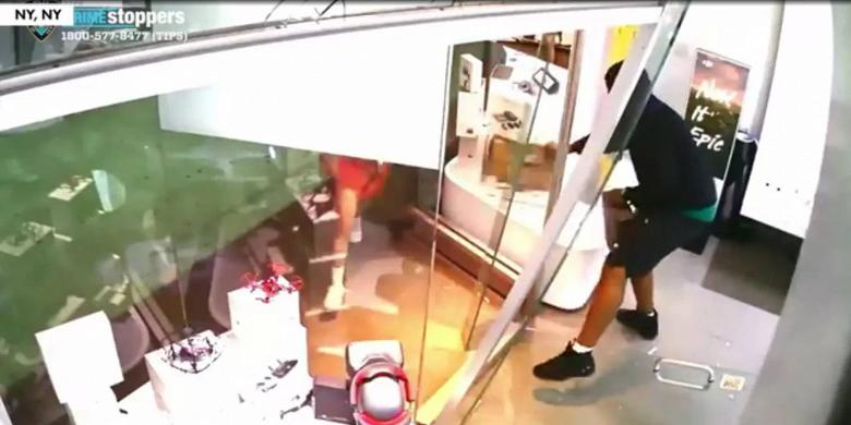 В Нью-Йорке ограблен магазин с дронами DJI
