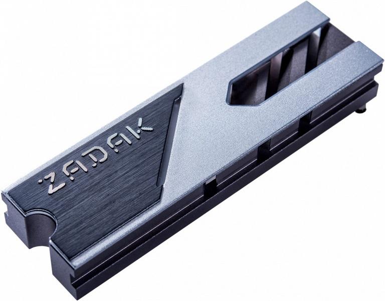 Твердотельный накопитель Zadak Spark получился необычно толстым