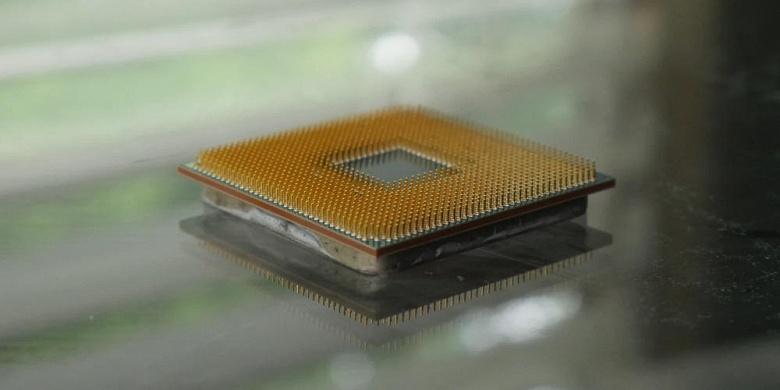 В процессорах Intel обнаружена уязвимость, получившая название CrossTalk