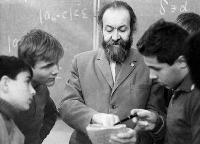 Владимир Китов: «Невозможно понять, как ученые-первопроходцы предвидели всеобщую компьютеризацию еще в 1950-х!» - 10