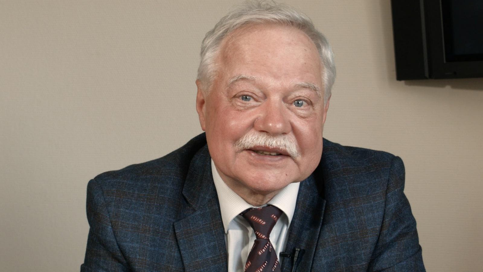 Владимир Китов: «Невозможно понять, как ученые-первопроходцы предвидели всеобщую компьютеризацию еще в 1950-х!» - 1