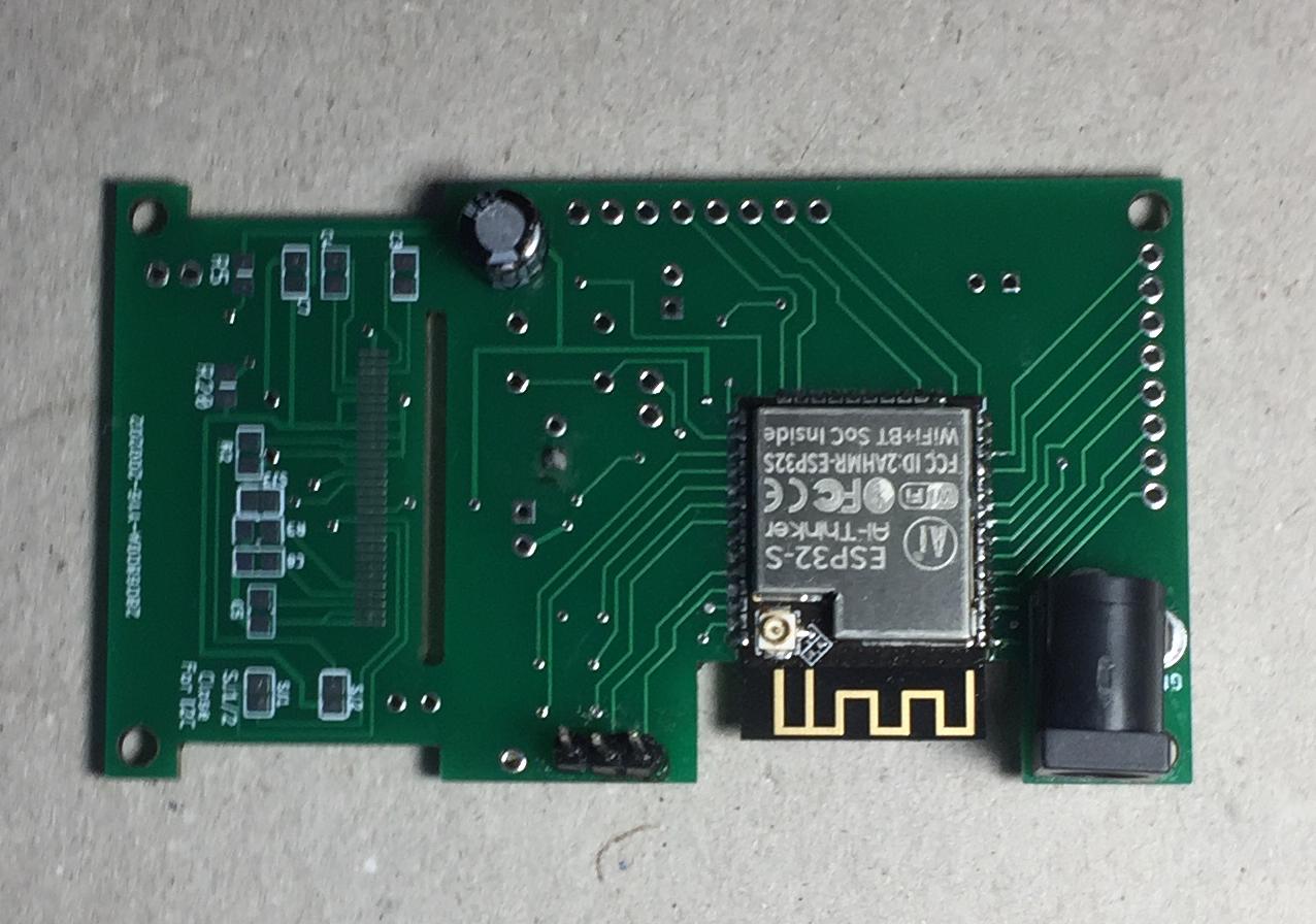 ESP32 development board с кастомным дизайном - 1