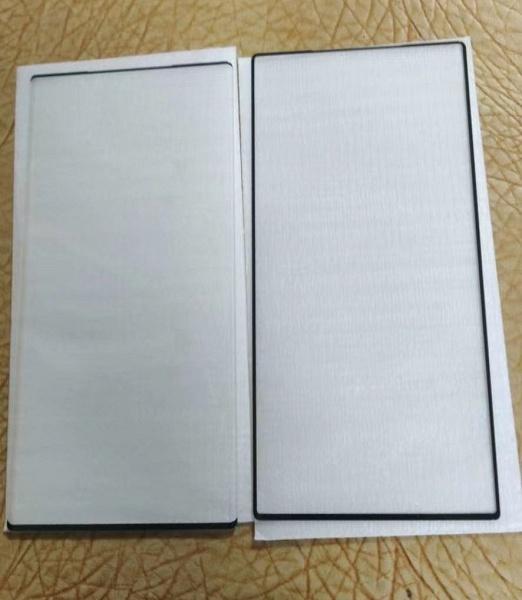Samsung Galaxy Note20 Ultra будет смартфоном с самыми тонкими рамками на рынке? На это намекает свежее фото