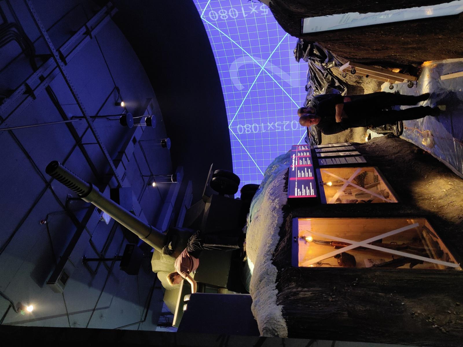 Музейный комплекс «Зоя»: танк под обстрелом проекторов и другие технические нюансы - 6