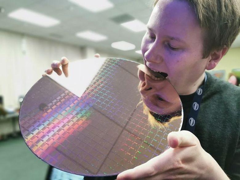 Как работает первый гибридный процессор x86 - 3
