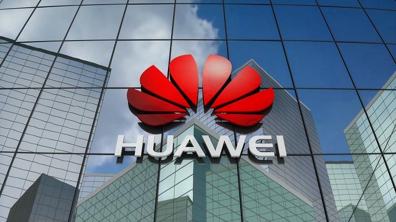 Доходы Huawei растут назло санкциям и пандемии