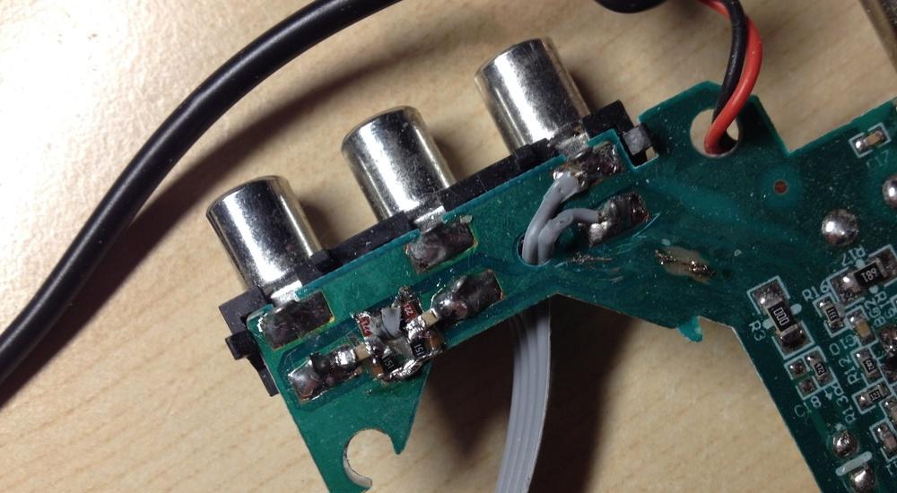 """ТВ модулятор. """"Колхозный"""" фильтр звука на SMD компонентах."""