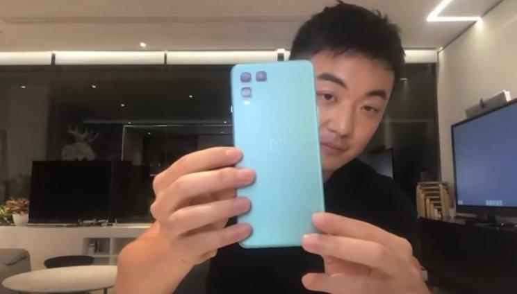 «Бюджетный» OnePlus Nord мог бы быть намного более необычным. Компания рассекретила дизайн новинки и показала прототипы