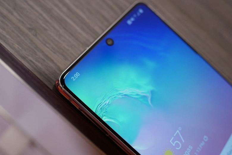 Бюджетный флагман Samsung с SoC Snapdragon 865, 120-герцевым экраном и IP68. Galaxy S20 Lite может оказаться «топом за свои деньги»