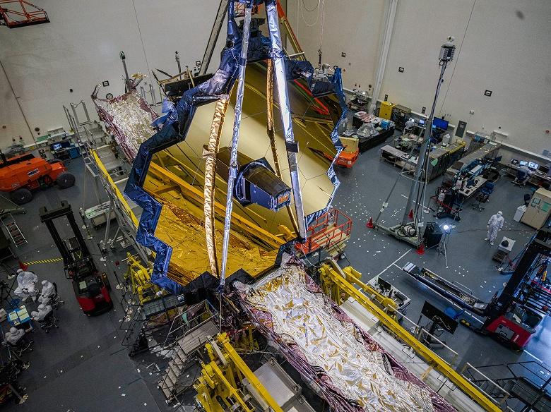 NASA снова переносит запуск космического телескопа Джеймса Уэбба