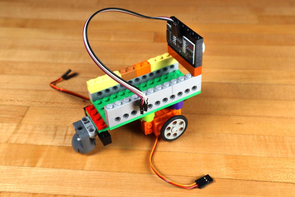 Робот из LEGO и Arduino, обходящий препятствия - 18