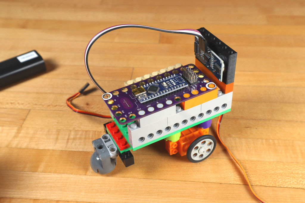 Робот из LEGO и Arduino, обходящий препятствия - 19