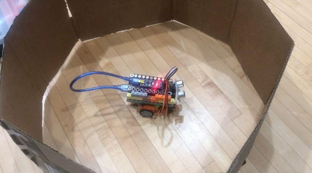 Робот из LEGO и Arduino, обходящий препятствия - 26