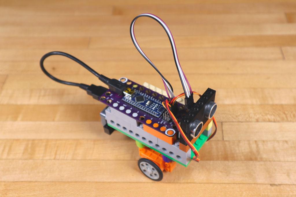 Робот из LEGO и Arduino, обходящий препятствия - 27