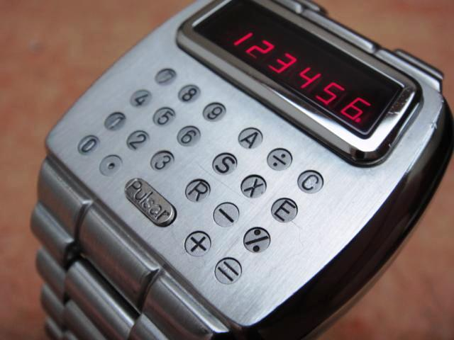 Электронные часы 1975 года «Calculator» от Pulsar - 1