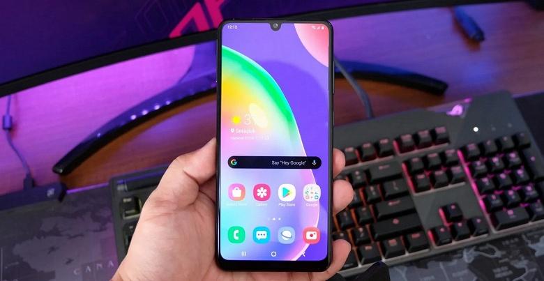 Самый дешёвый Samsung с 5G? Компания готовит смартфон Galaxy A32 5G