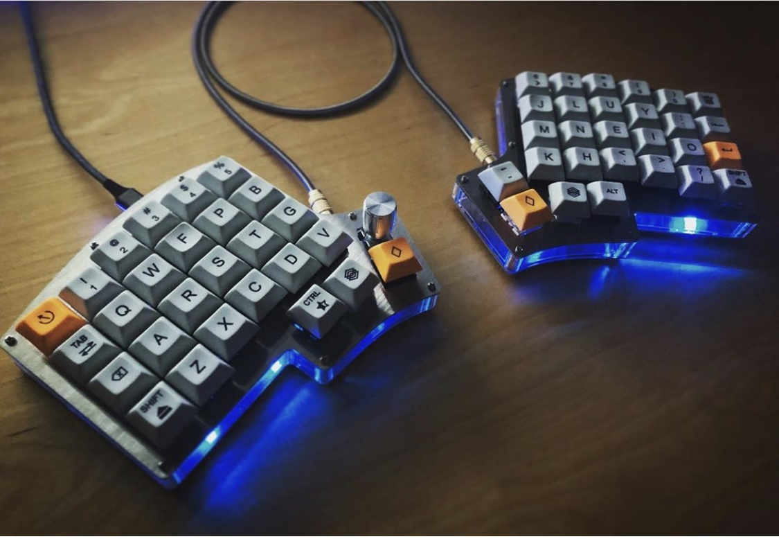 Ортолинейная сплит клавиатура — это что такое? Обзор Iris Keyboard - 11