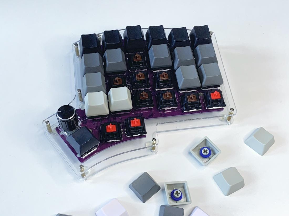 Ортолинейная сплит клавиатура — это что такое? Обзор Iris Keyboard - 24