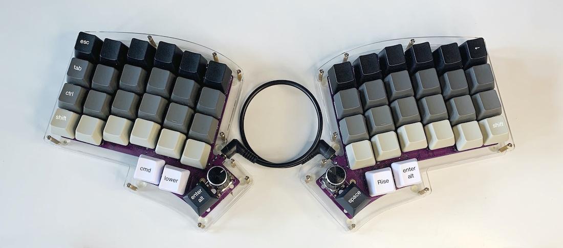 Ортолинейная сплит клавиатура — это что такое? Обзор Iris Keyboard - 27