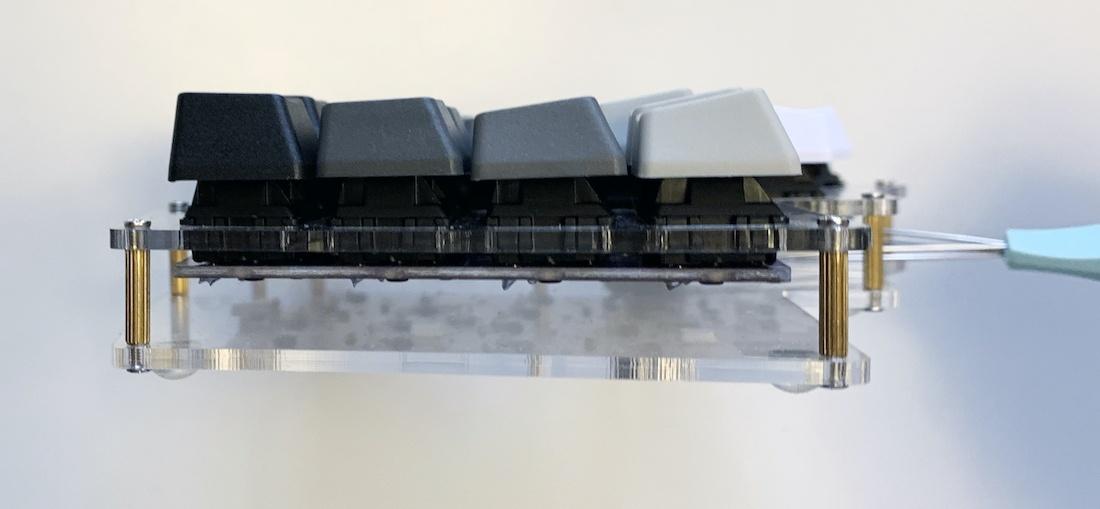 Ортолинейная сплит клавиатура — это что такое? Обзор Iris Keyboard - 37