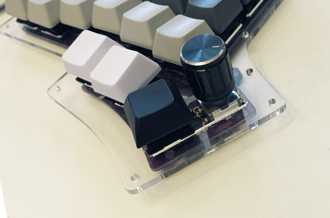 Ортолинейная сплит клавиатура — это что такое? Обзор Iris Keyboard - 41